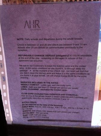 Residence Angolo Azzurro: Regolamento in inglese