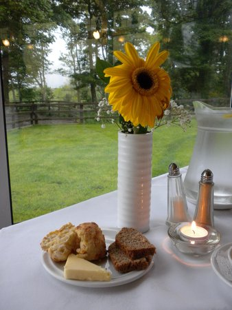Carrygerry Country House: Freshly Made Cheese Scones
