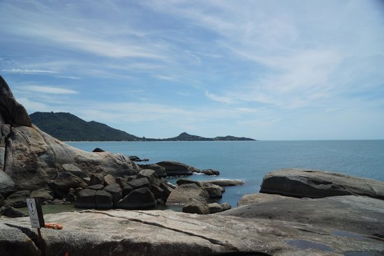 Hin Ta & Hin Yai Rocks: View from Grandmother and Grandfather Rocks (Hin Yai & Hin Ta)