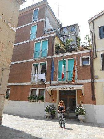 Hotel Carlton Capri: Exterior
