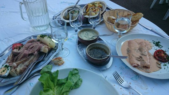 Auberge Ensoleillee Restaurant