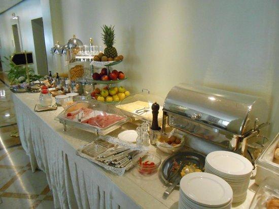 Hotel Carlton Capri: Desayuno