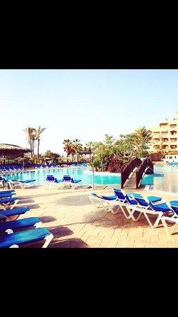 Hotel Elba Sara : Big pool - 1 of 3