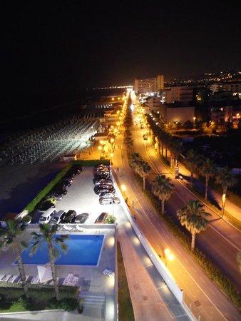 Sea Lion Hotel: panorama dal 6° piano notturno