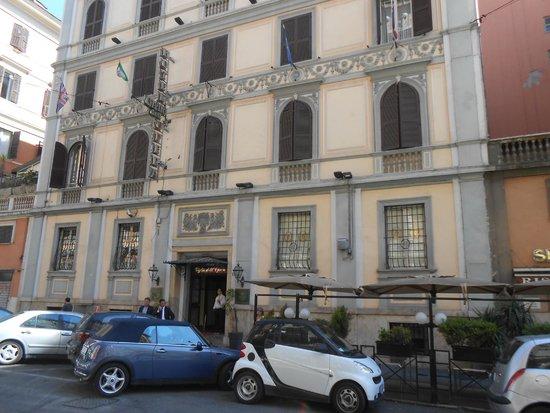Giglio Dell' Opera: exterior