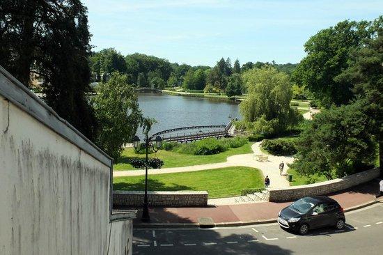 La Potiniere du Lac: vue sur le lac depuis la chambre