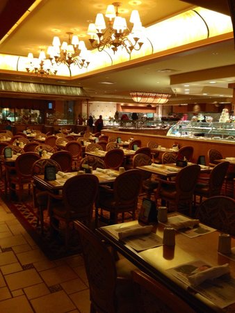 Golden Nugget Buffet : Mesas