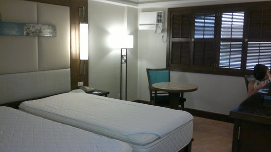Henann Regency Resort & Spa: room