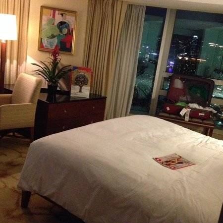 Cordis, Hong Kong at Langham Place: Surprisingly spacious room in land-scarce Hong Kong