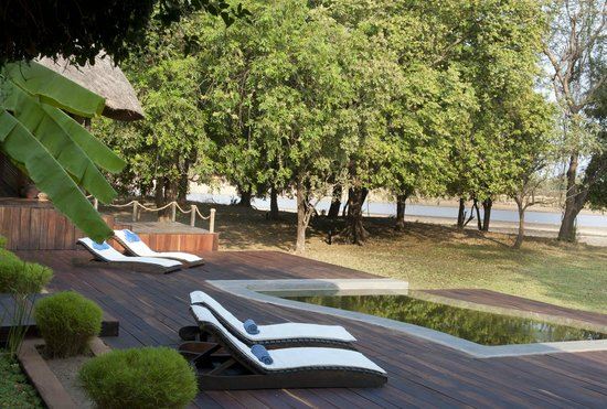 Luangwa River Camp: Poolside
