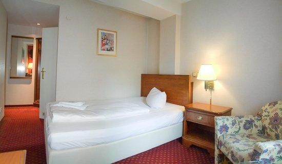 Georghof Hotel Berlin: Einzelzimmer/Single room