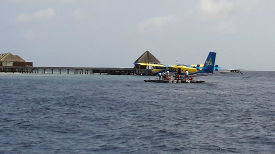 Dusit Thani Maldives: transfer from hotel to Male