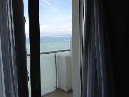 Golden Star City Resort: Room with see view