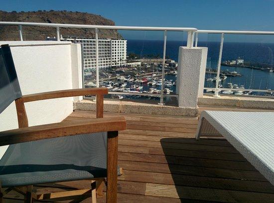 Marina Bayview: the balcony