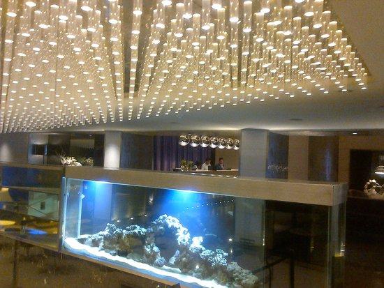 The Park Kolkata: lobby