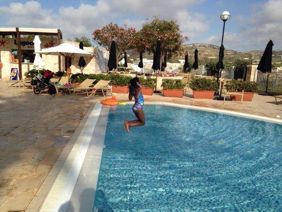 Radisson Blu Resort & Spa, Malta Golden Sands: Kids outdoor pool
