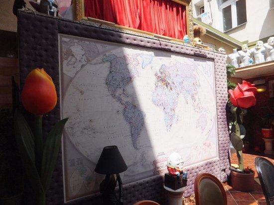 Lorenzo & Kakalamba : Map showing countries of their guests