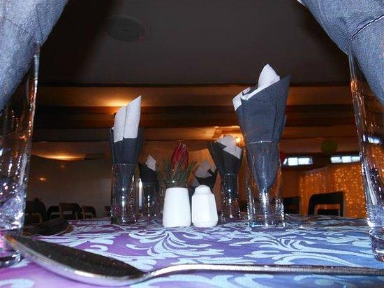 Sierra on Main: Table set-up