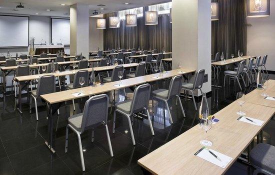 NH Collection Ria de Bilbao : Salve1 Meeting Room
