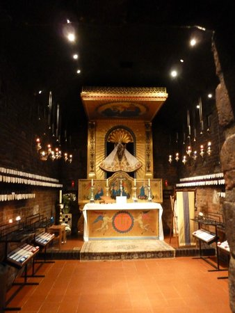 Shrine of Our Lady of Walsingham: The Holy House