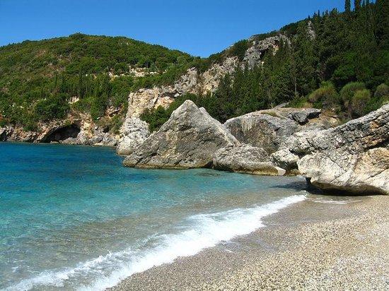 Liapades Beach Hotel: Пляж Gefyra