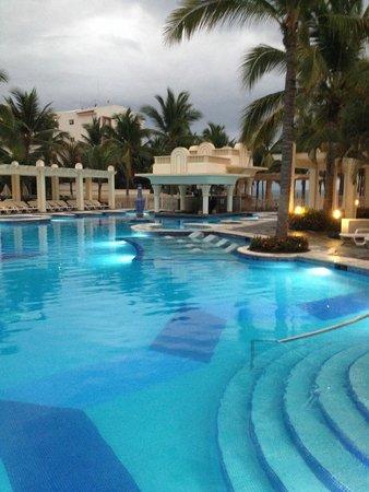 Hotel Riu Vallarta : MAY/JUNE 2014