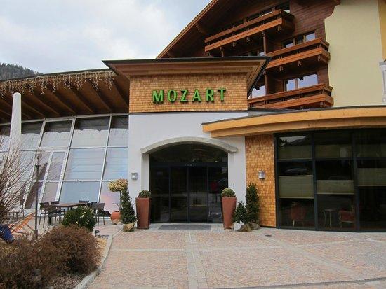 Hotel Mozart Vital: Вход