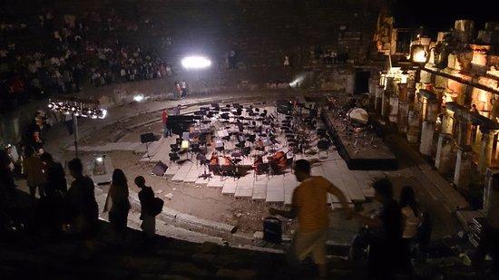 Apasas Tours : the great Theater Of Ephesus at night
