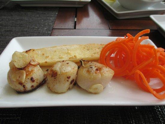 Beach Republic: Tapas: Hokkaido scallops