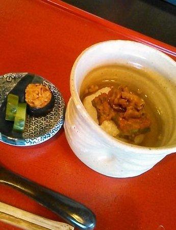 Gentoan: ごはん 焼きおにぎりの肉みそのせ お茶漬けで