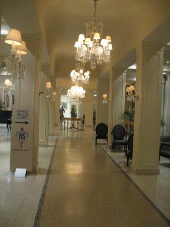 Savoia Hotel Regency : hall