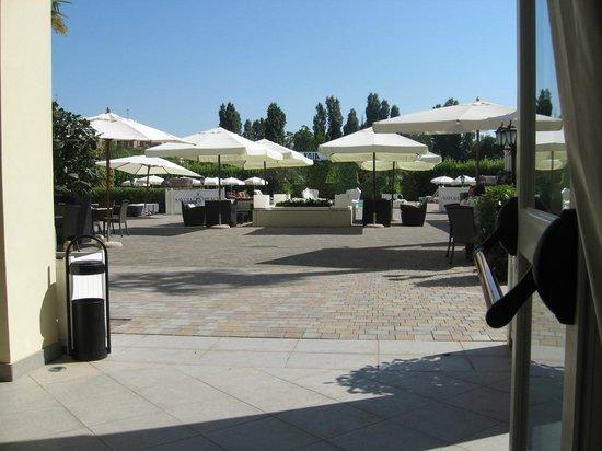 Savoia Hotel Regency : corte