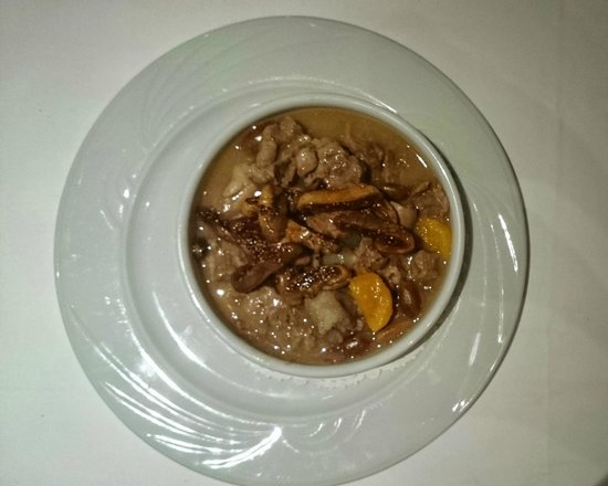 Matbah Ottoman Palace Cuisine : Lamb with dates, apricot and nuts (and some other things): superb