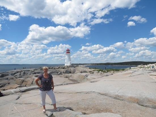 Peggy's Cove Lighthouse : lighthouse