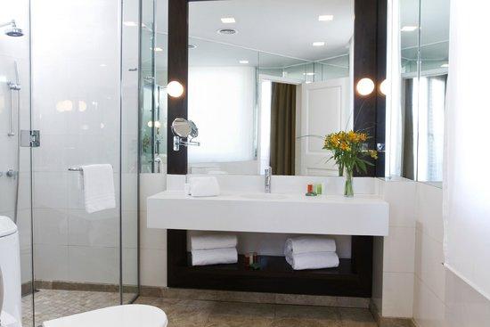 NH Collection Buenos Aires Lancaster: Bathroom
