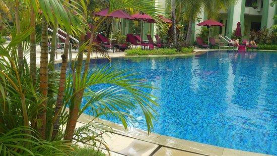 PARKROYAL Penang Resort, Malaysia: Pool Area