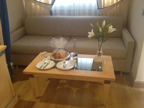 Hipotels Eurotel Punta Rotja & Spa: Комплимент от отеля в день приезда