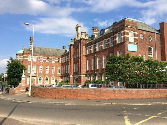 Hotel du Vin Exeter: The Eye Infirmary goes Lux