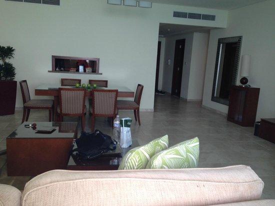 JA Oasis Beach Tower : lounge