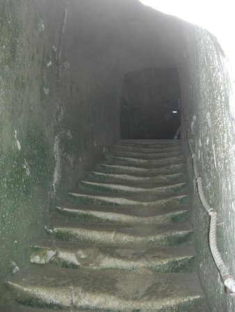 Château de Brézé : underground beneath the chateau