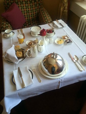 Dromoland Castle Hotel: Breakfast Catered to our Suite
