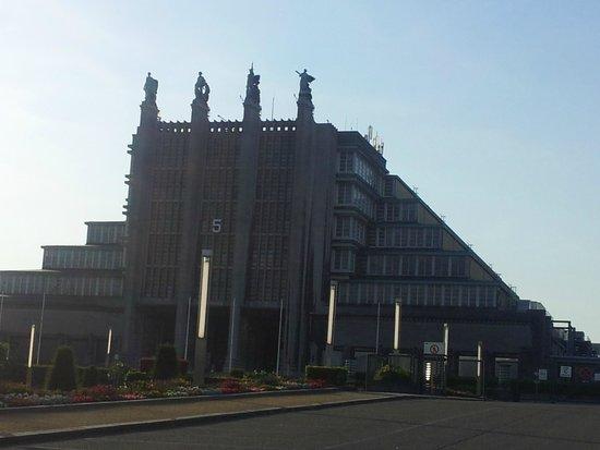 Auberge Van Strombeek: Haupteingang der Expo in Brüssel