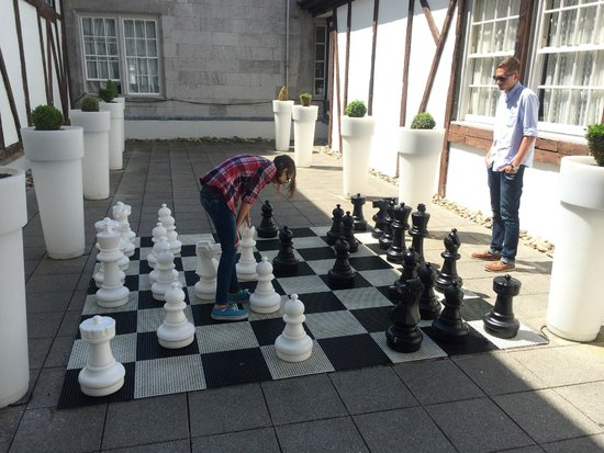 Dromoland Castle Hotel: Outdoor Chess