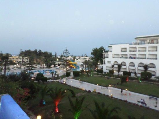 Hôtel Riviera Resort : View from room in evening