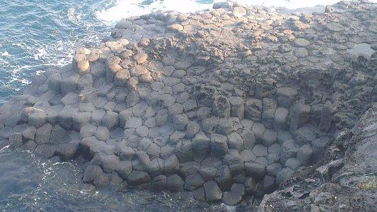 Hyatt Regency Jeju: More local columnar volcanic lava rocks