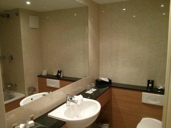 Bathroom picture of knightsbrook hotel golf resort Knightsbrook hotel trim swimming pool