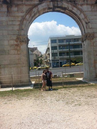 Arch of Hadrian (Pili tou Adrianou): At the Arch.