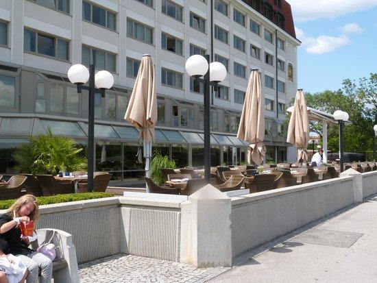Hilton Vienna Danube Waterfront: hôtel