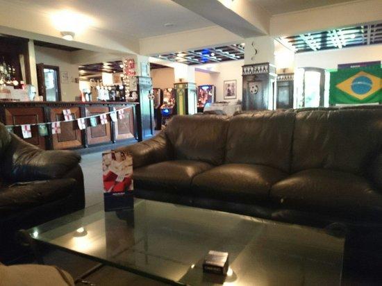Europa Gatwick Hotel: The reception area.