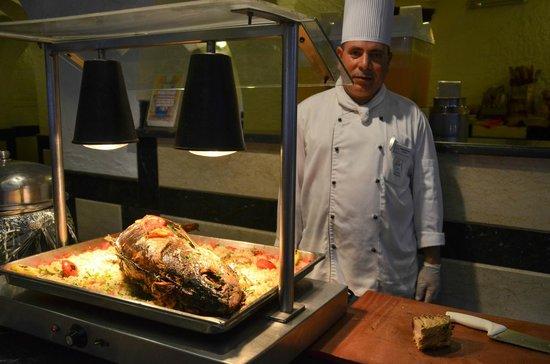 Arabella Azur Resort: Kok trots op zijn maaltijd